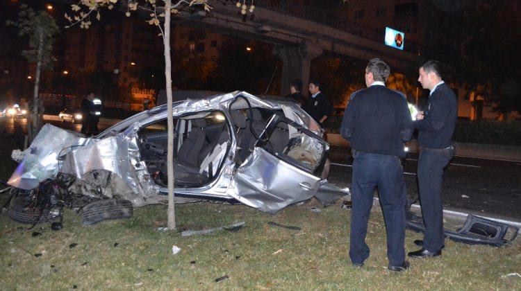Izmir'de Polis Otosu Kazası: 2 Şehit 3 Ağır Yaralı