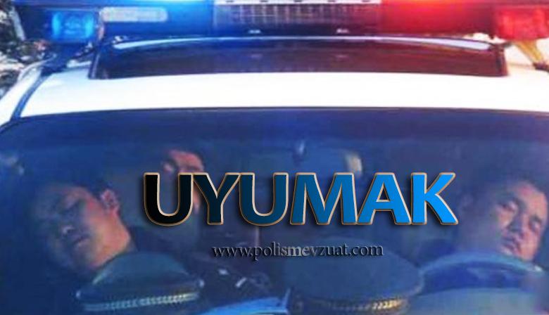Ellerini Alnına Dayayarak Oturan Polis Memuruna Uyuduğu İddiasıyla Ceza